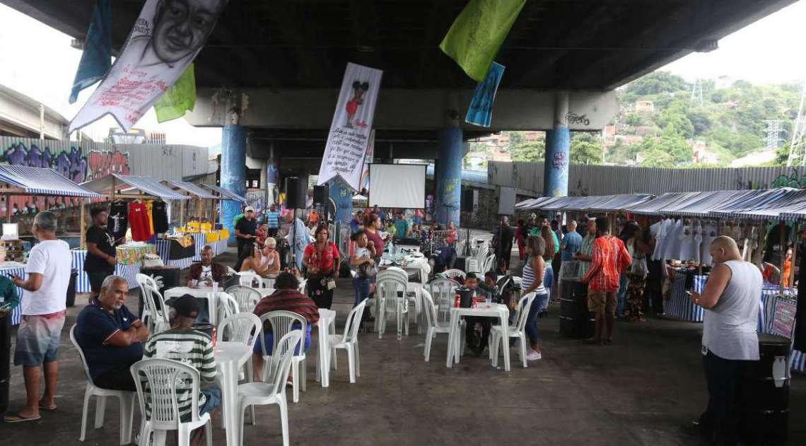 Dia Nacional de Zumbi e da Consciência Negra. PROJETO CRIOLICE no Viaduto de Madureira, Madureira  -Rio de Janeiro. Foto: Daniel Castelo Branco / Agência O Dia.