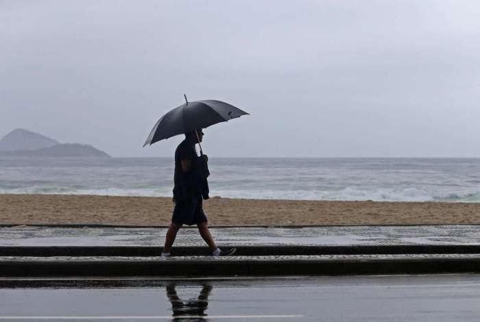 Frente fria traz chuva para o Rio a partir de sábado