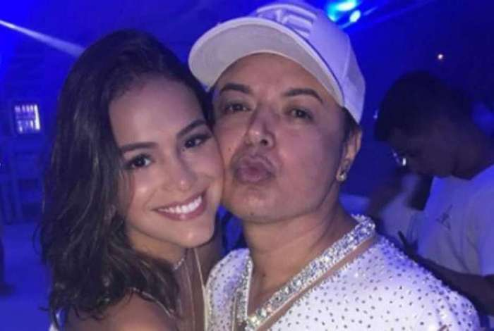 Bruna Marquezine deixa de seguir David Brazil nas redes sociais