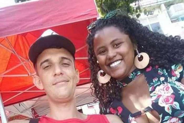 Victor dos Santos Lima e Bruna de Souza Oliveira
