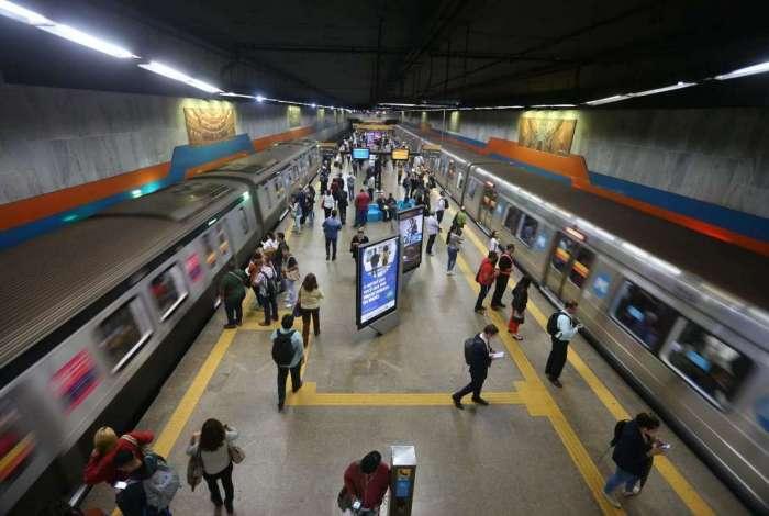 A Linha 4 do metrô liga Barra à Ipanema