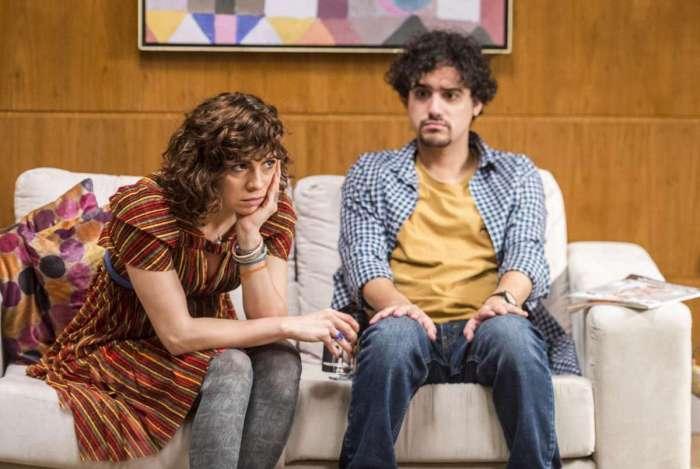 Taís (Renata Gaspar) e Pedro (George Sauma) em 'Pais de Primeira)