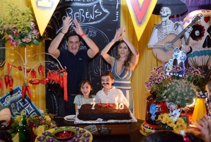 Filhos do humorista Carioca ganham festa especial de aniversário