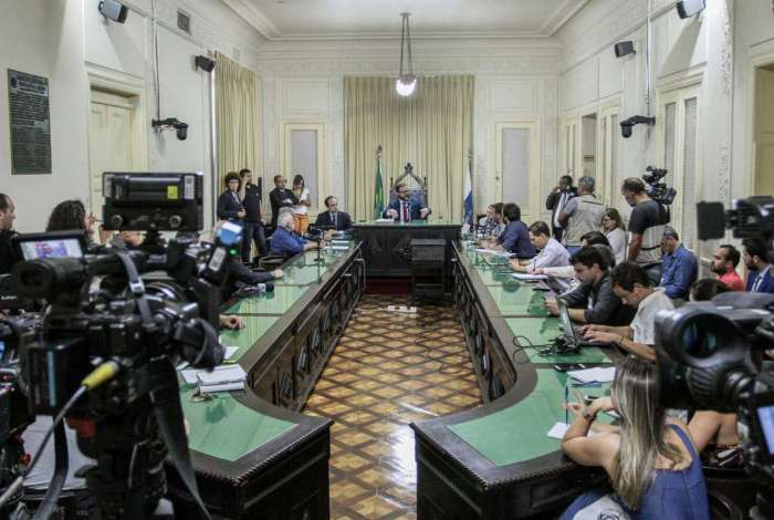 Novo relator dos processos será escolhido na próxima semana