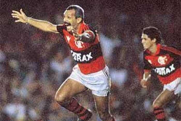 Júnior foi um dos líderes do Flamengo de 1992