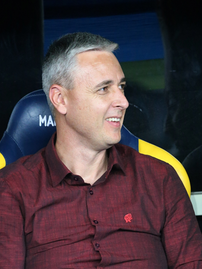 Tiago Nunes já deixou o Athletico-PR, clube em que fez ótimo trabalho