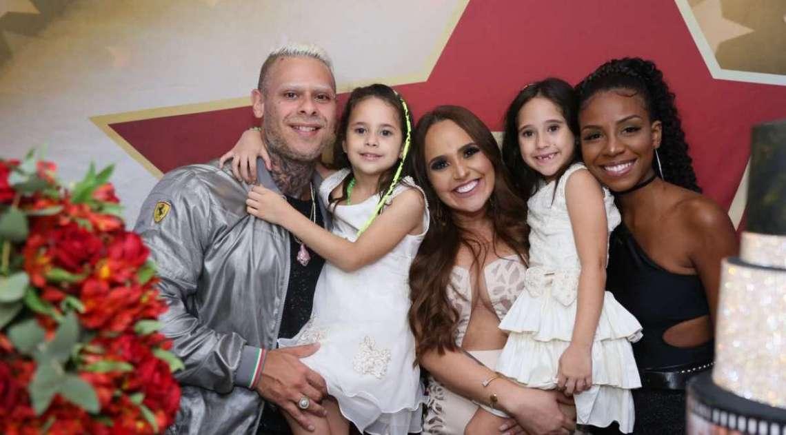 Perlla com Leo Stronda e Luane Dias