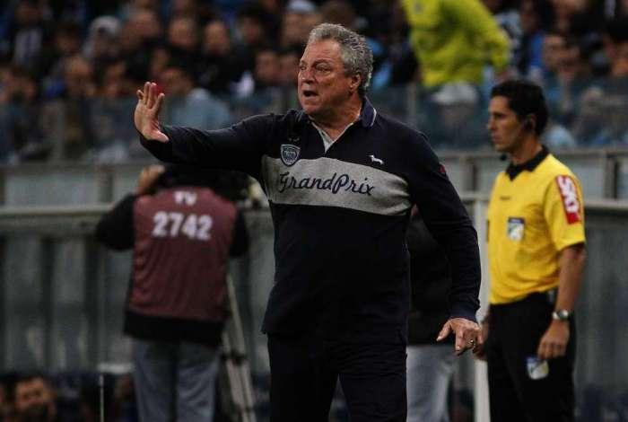 Abel Braga ganha força e deve ser o técnico do Flamengo em 2019: treinador tinha boa oferta do Santos