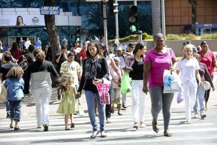 IBGE indica que a população ocupada no final de outubro chegava a 92,9 milhões, um aumento de 1,4% em relação ao trimestre de maio a julho deste ano