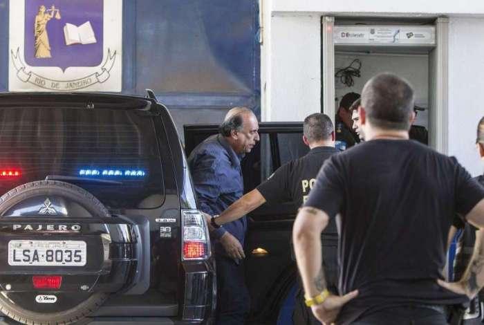Chegada do governador Pezão à Unidade Prisional da PM, em Niterói