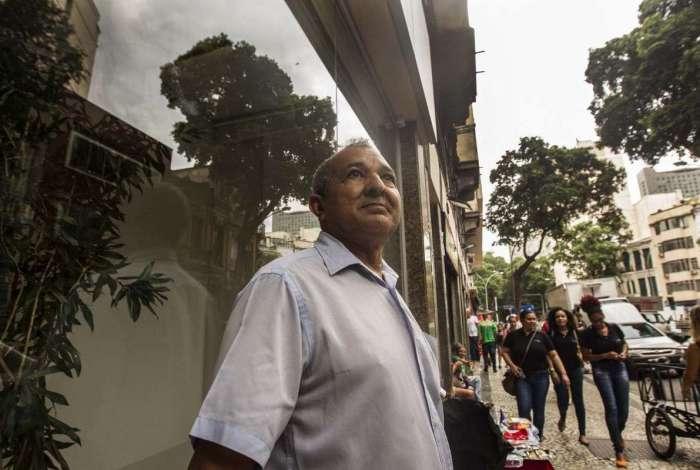 Enquanto Manoel de Freitas aguarda o tempo para aposentadoria, ele acompanha as informações no CNIS para não ter surpresas. Abaixo, documentos do INSS que permitem a atualização de dados a qualquer momento