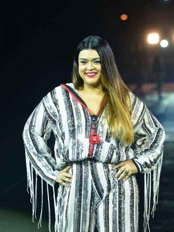 Preta Gil participa de desfile de moda em SP