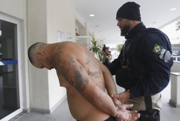 Operação da Policia Civil com apoio da PRF contra quadrilha de tráfico de armas e munições