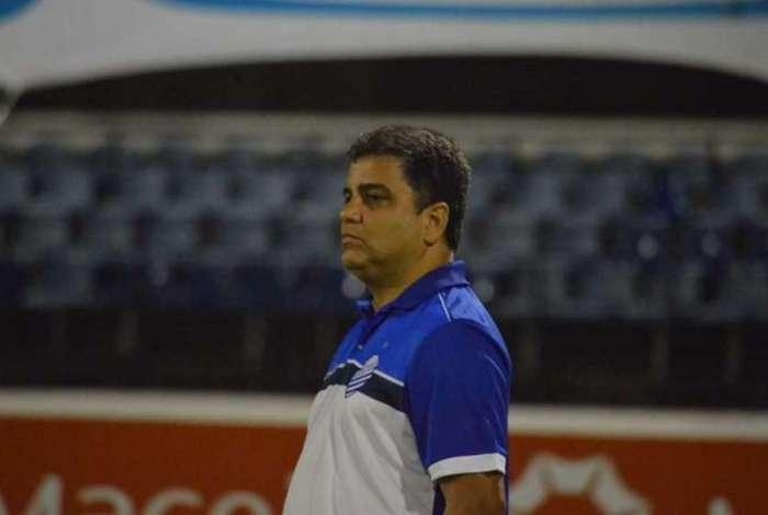 Marcelo Cabo está perto de receber reforços para disputar a Série A