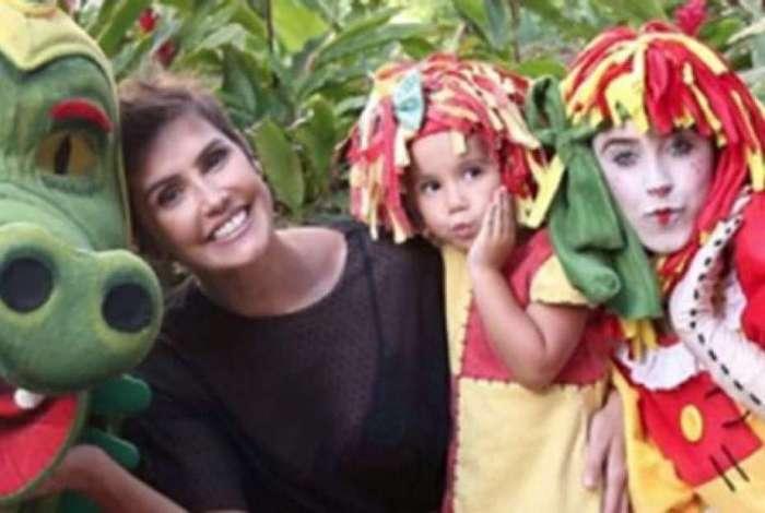 Deborah Secco organiza nova festa de aniversário para a filha, Maria Flor