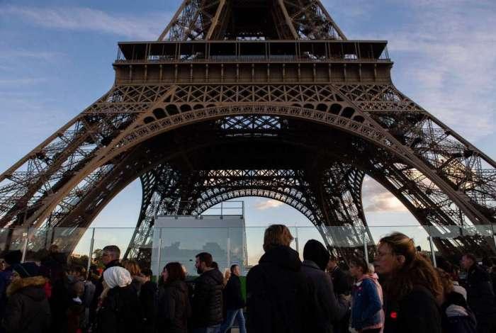 Torre Eiffel ficará fechada devido aos protestos dos 'coletes amarelos'