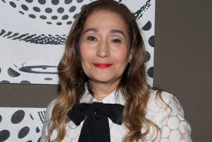 Sônia Abrão recusa convite para casamento dos ex-BBBs Breno e Paula