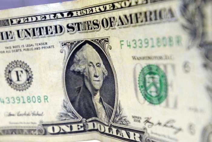 Dólar sobe pelo terceiro dia, cotado a R$ 3,87