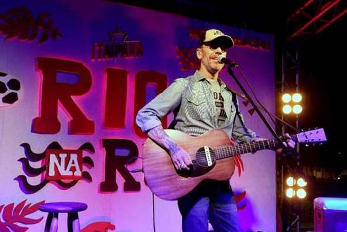 Nando Reis se apresentará neste domingo, no encerramento do 'Rio na Rua'