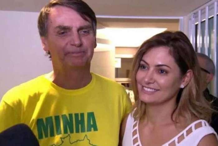 Bolsonaro disse que cheque para Michelle era pagamento de dívida