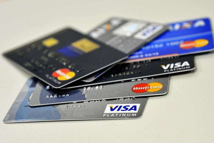 Maior registro foi de 11,84% ao mês no cheque especial. O segundo maior foi do cartão de crédito, com 11,65% mensais
