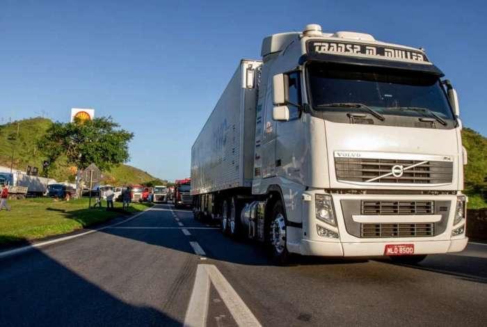 Caminhoneiros: Greve só virá se houver mais altas no diesel, diz CNT