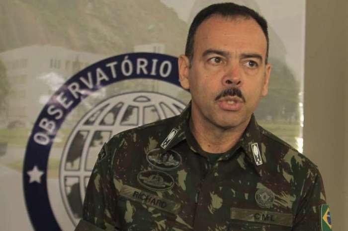 Antes de sair da Secretaria de Segurança, general Richard Nunes pediu expulsão de seis oficiais da PM
