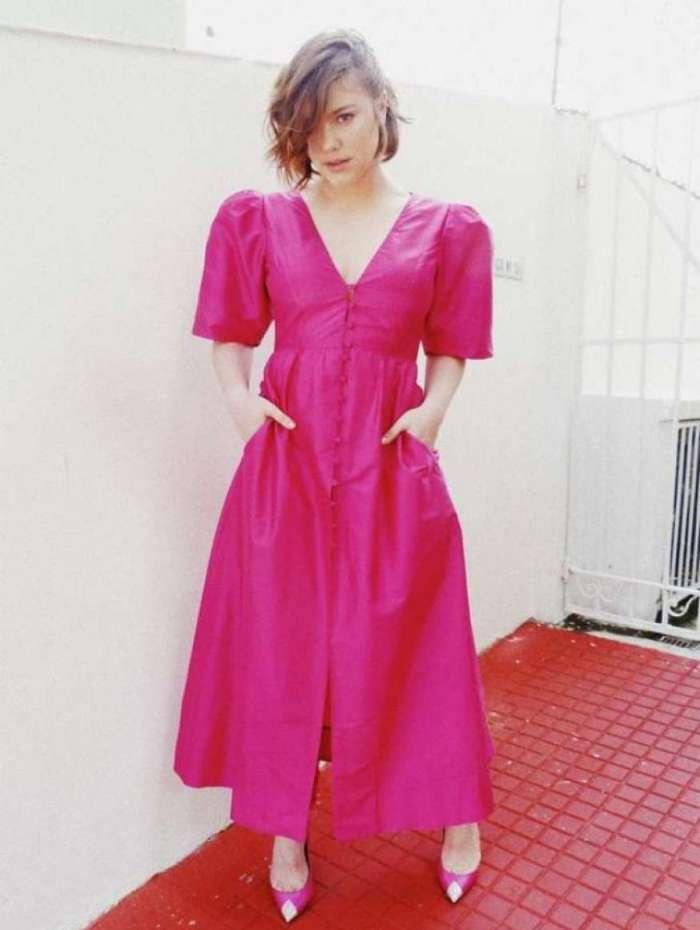 Alice Wegmann com o look que escolheu para participar do 'Melhores do Ano'