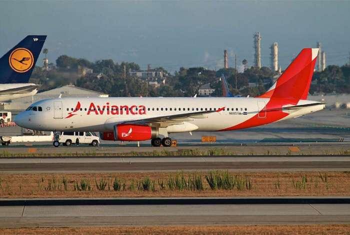 Segundo a Avianca, se ocorrer a reintegração de posse de 14 aeronaves, conforme as ações em andamento, a frota da companhia será reduzida em 30%