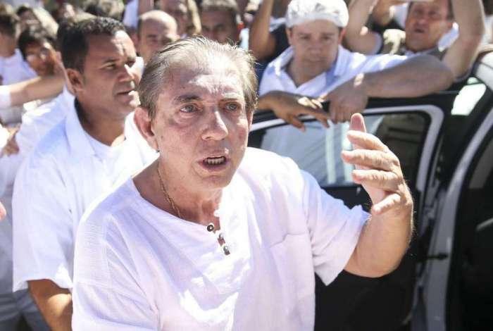O médium João de Deus se entregou à polícia no domingo passado e negou todas as acusações