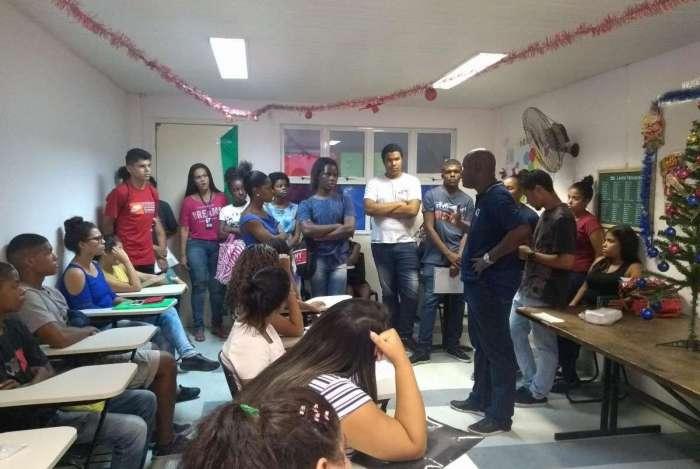Ao todo, foram contratados 30 pessoas que moram nas regiões de Manguinhos, Jacarezinho e Ricardo de Albuquerque