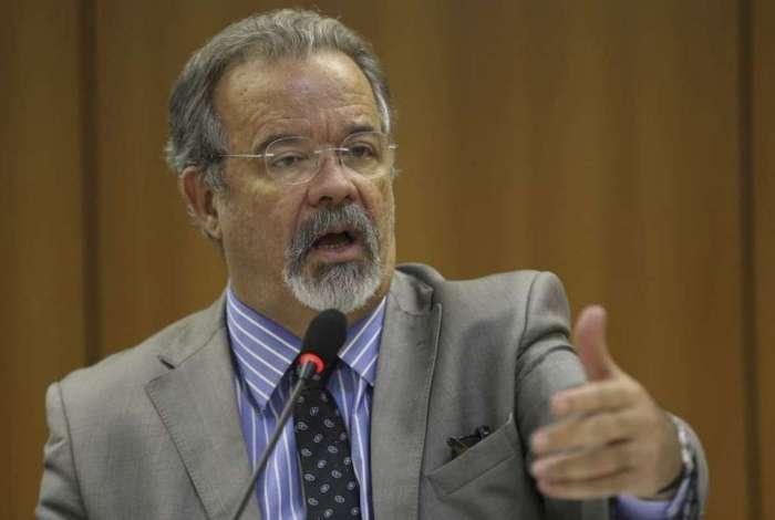 O ministro Raul Jungmann diz que gostaria de entregar resultados sobre o caso Marielle Franco antes de entregar o comando da pasta da Segurança