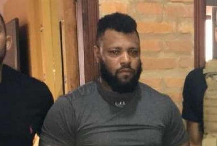 Carlos Eduardo Sales Cardoso, o Capilé, foi capturado em Assunção. Agentes apreenderam 118 mil dólares