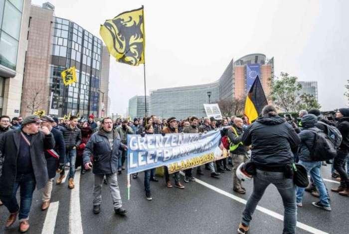Manifestantes tomaram ruas de Bruxelas em protesto