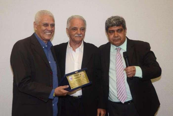 Roberto Dinamite foi um dos homenageados no encontro do G10