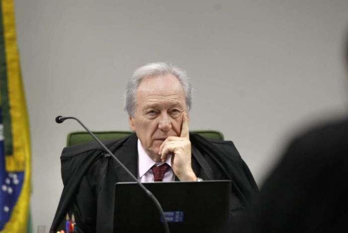Ministro Ricardo Lewandowski, do STF, recolheu argumento de resguardar direitos do funcionalismo