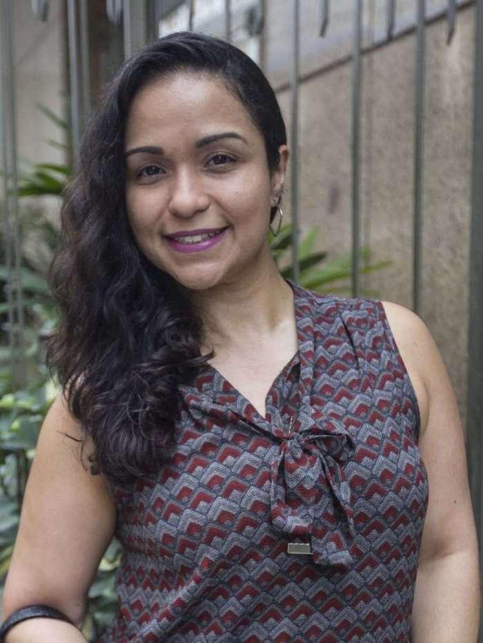 JULIANA DE ALMEIDA, 35 anos, economista, mora no Centro do Rio