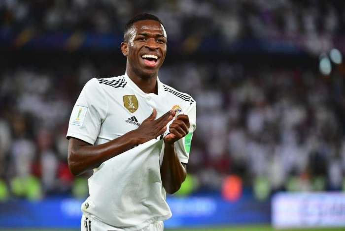 Vinicius Júnior vem se destacando com a camisa do Real Madrid