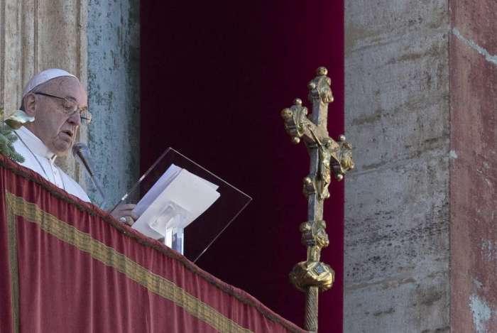 Papa Francisco em sua tradicional mensagem de Natal
