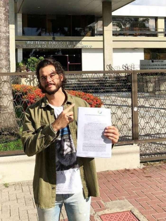 Túlio Gadelha processa Alexandre Frota