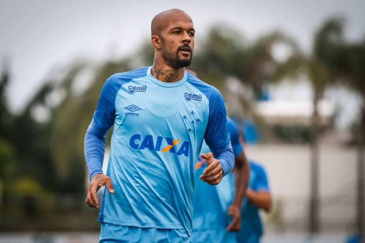 Bruno Silva chega ao Flu após ser pouco aproveitado no Cruzeiro Vinnicius  Silva Cruzeiro 78cb08bd915f0