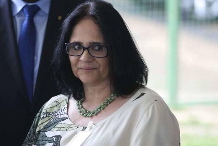 Ministra de Mulher, Família e Direitos Humanos, Damares Alves