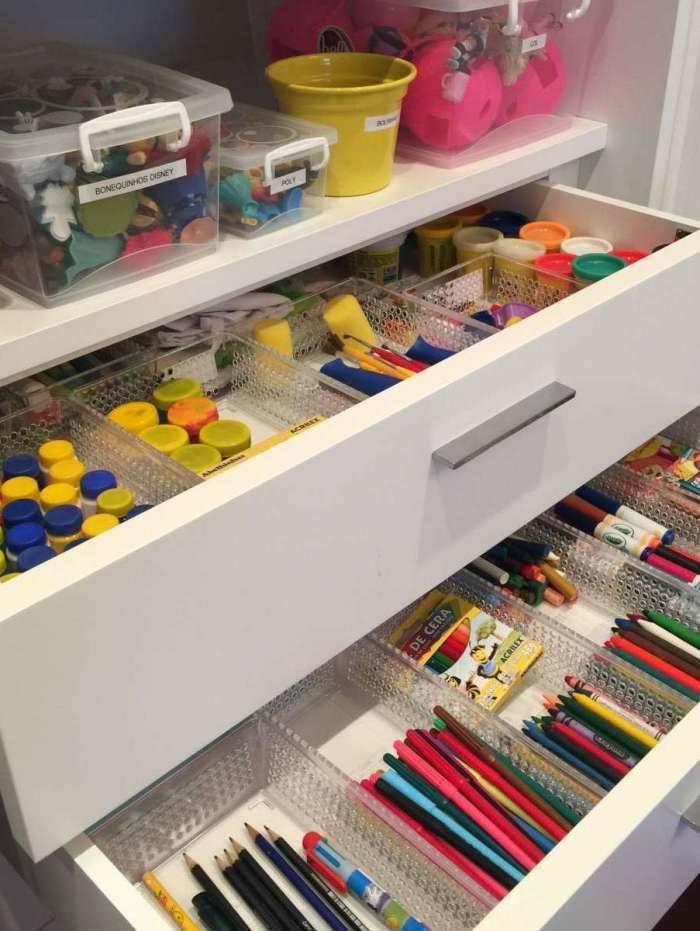 As caixas organizadoras são importantes para separar objetos de um mesmo tipo e ganhar espaço