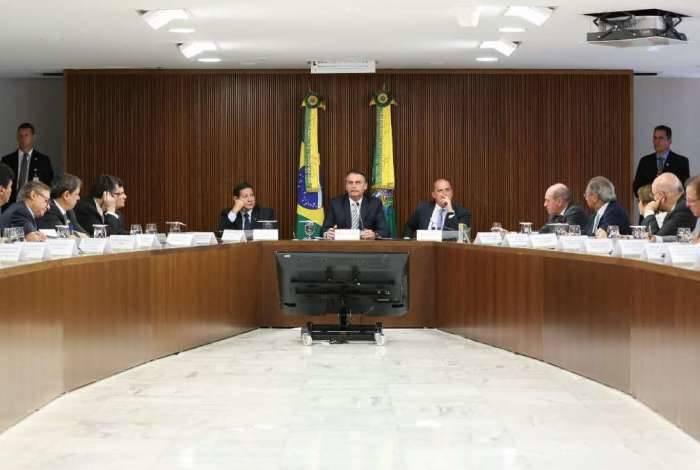 O presidente Bolsonaro analisará proposta da reforma com ministros