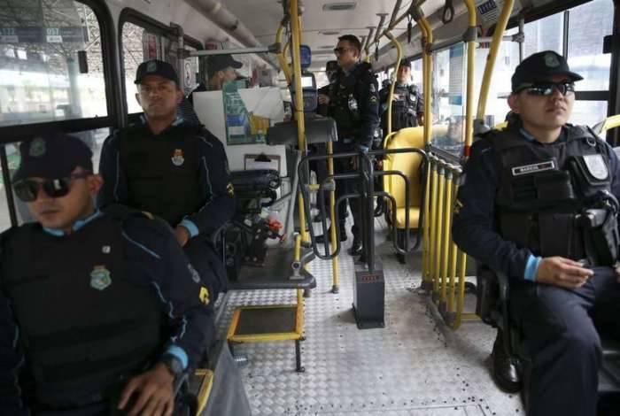 Após a série de ataques no Ceará, a Força Nacional de Segurança Pública está fazendo o policiamento ostensivo nas ruas de Fortaleza, em apoio aos agentes de segurança do estado