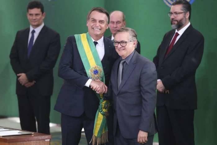 Jair Bolsonaro e novo o ministro da Educação, Ricardo Vélez Rodríguez