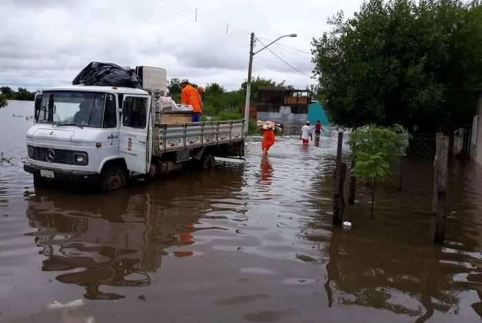 Enchentes causam transtornos à população de Alegrete