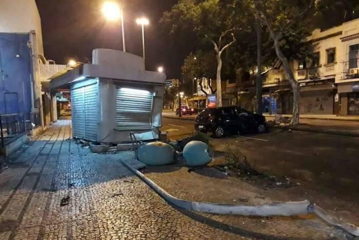 O acidente aconteceu quase na Praça Barão de Drumond