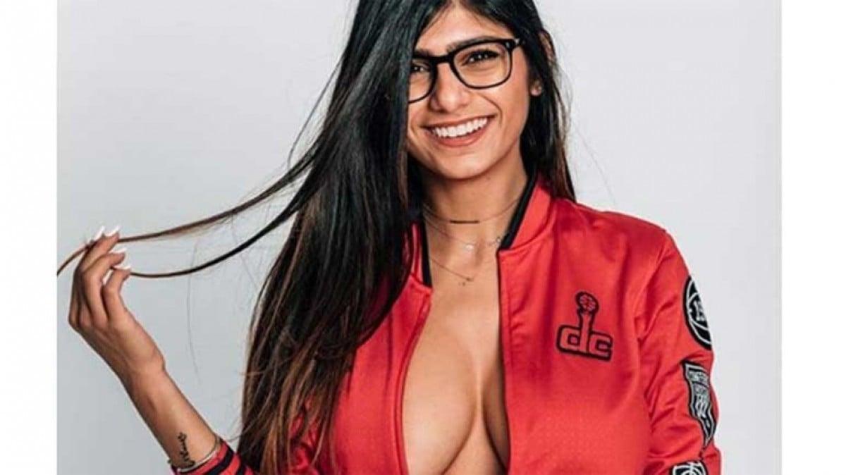 Atriz Porno Kalifa ex-atriz pornô, mia khalifa posta fotos provocantes e quebra