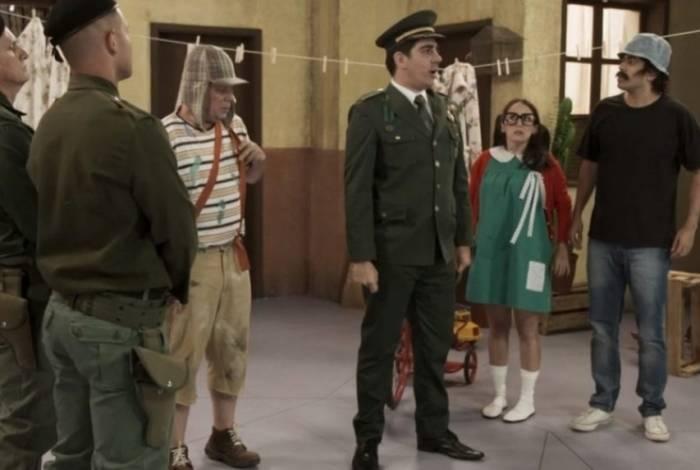 Marcelo Adnet imita Jair Bolsonaro no primeiro episódio da última temporada do 'T no Ar'